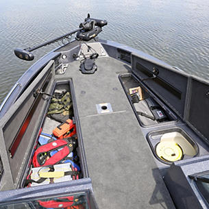 219-Pro-V-GL-Bow-Deck-Storage-Compartments-Open