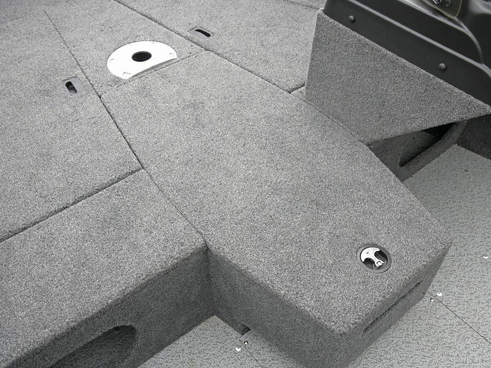 Adventure-SS-Center-Rod-Storage-Closed
