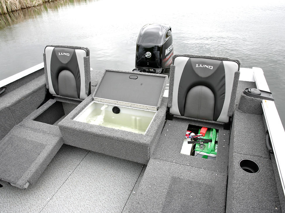 Adventure-SS-and-Sport-Aft-Under-Jump-Seat-Storage-Open