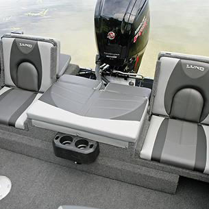 Crossover-XS-Aft-Deck-Sun-Pad-with-Jump-Seats-Open
