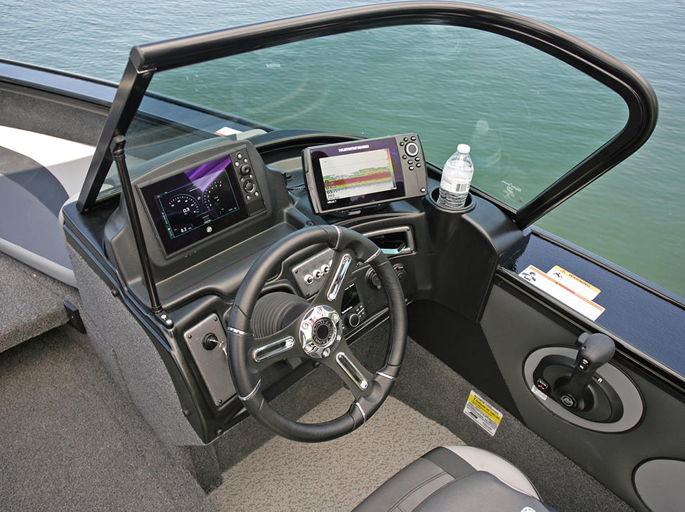 Crossover-XS-Starboard-Command-Console