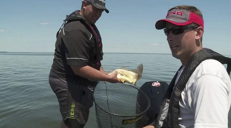 Lund-Boats-Ultimate-Fishing-Experience-2021-Episode-3-Winnebago-Walleye-u-dGgOagweQ