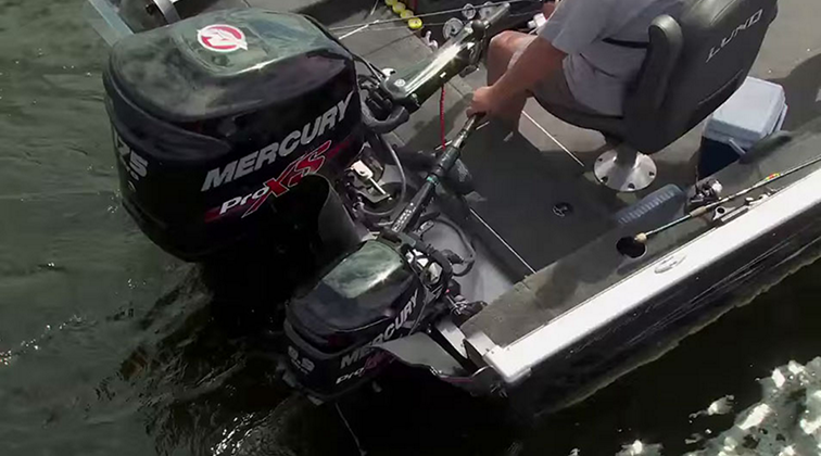 Lund-Ultimate-Fishing-Experience-2015-Episode-08-The-Art-of-Boat-Control.mkv0187
