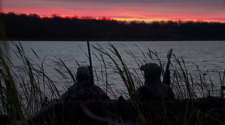 Lund-Ultimate-Fishing-Experience-2015-Episode-13-A-Fall-Free-For-All.mkv0201