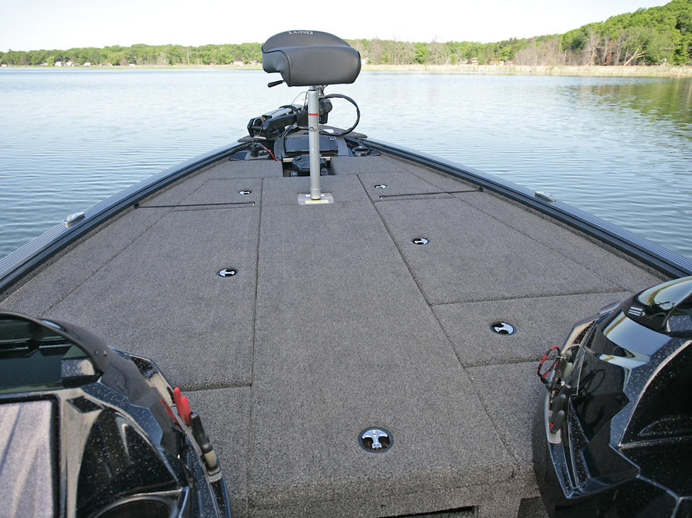 Pro-V-Musky-Bow-Deck-with-Butt-Seat