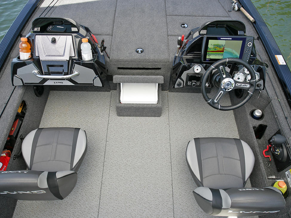 Pro-V-Musky-XS-Cockpit-and-Consoles