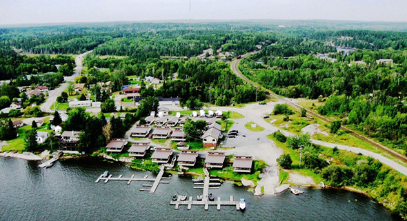 ln-lund-life-boat-fish-blog-camps-and-resorts-paradise01