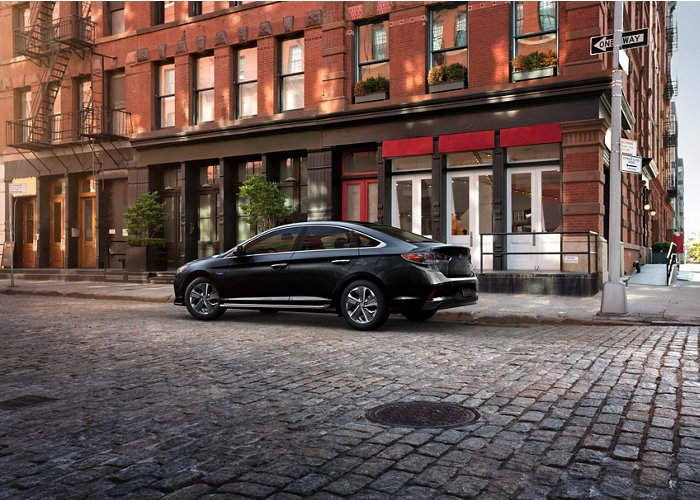 2019 Hyundai Sonata Plug-in Hybrid Limited in Black