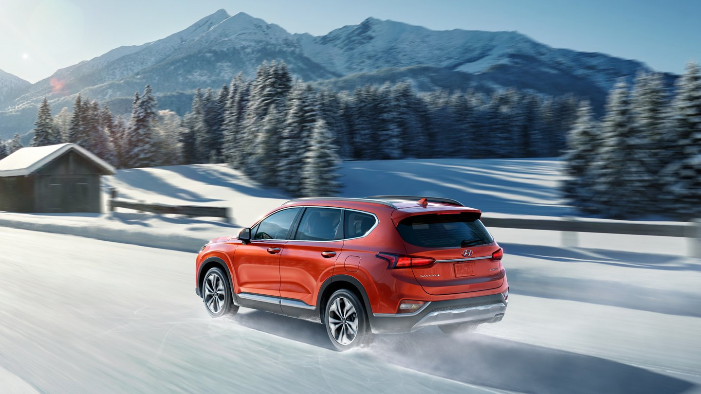 2020 hyundai santa fe driving in snowy road