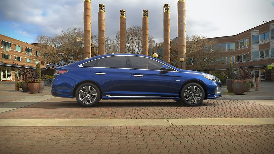360 Exterior Image of the 2019 SONATA Hybrid in Astral Blue