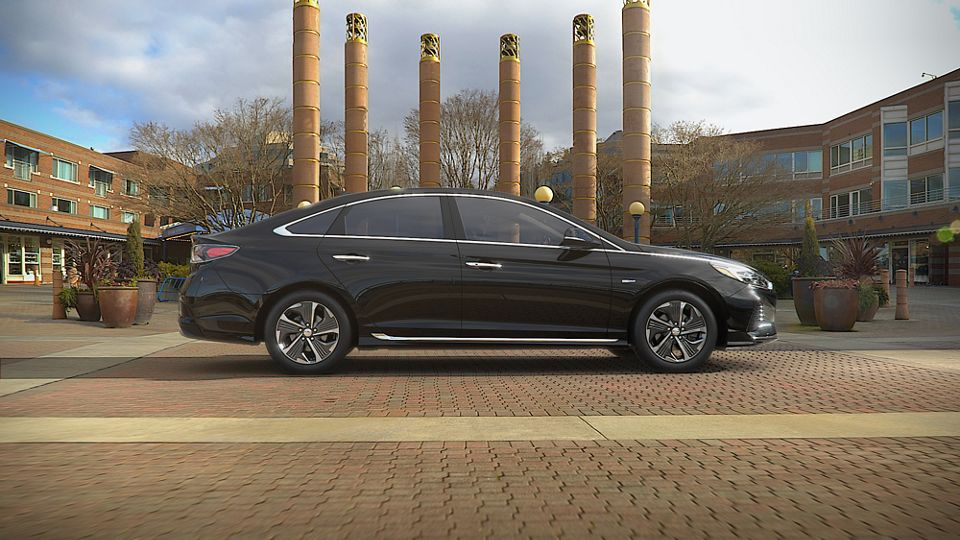 360 Exterior Image of the 2019 SONATA Plug-in Hybrid in Nocturne Black