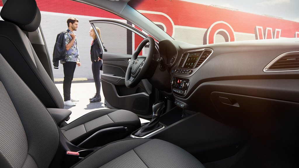 Interior del Hyundai Accent 2020