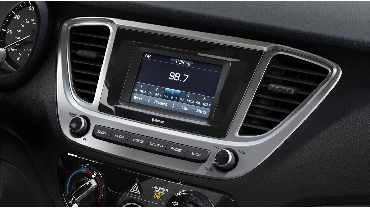 2020 Hyundai Accent SE Touchscreen audio display