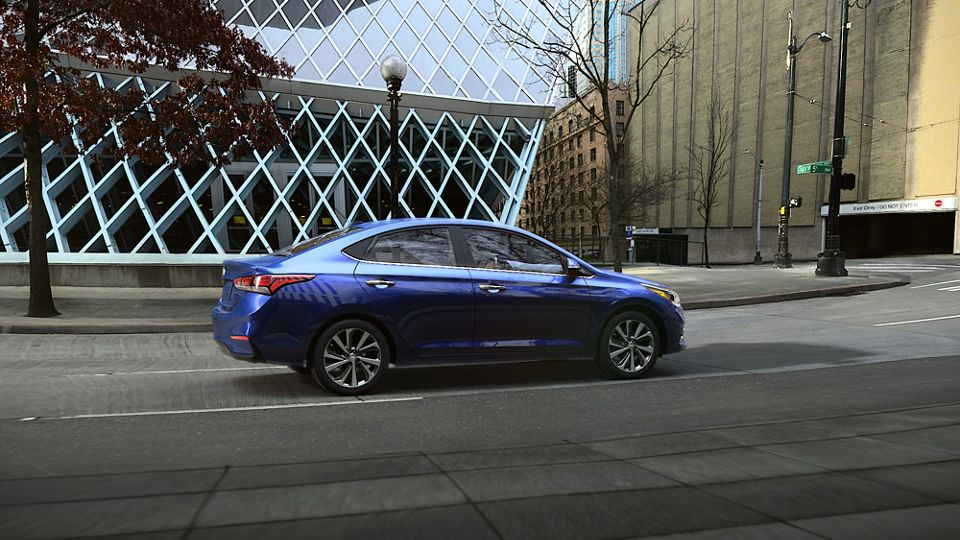 360 Exterior Image of the 2020 ACCENT in Admiral Blue