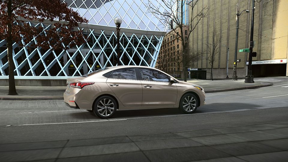 360 Exterior Image of the 2020 ACCENT in Linen Beige