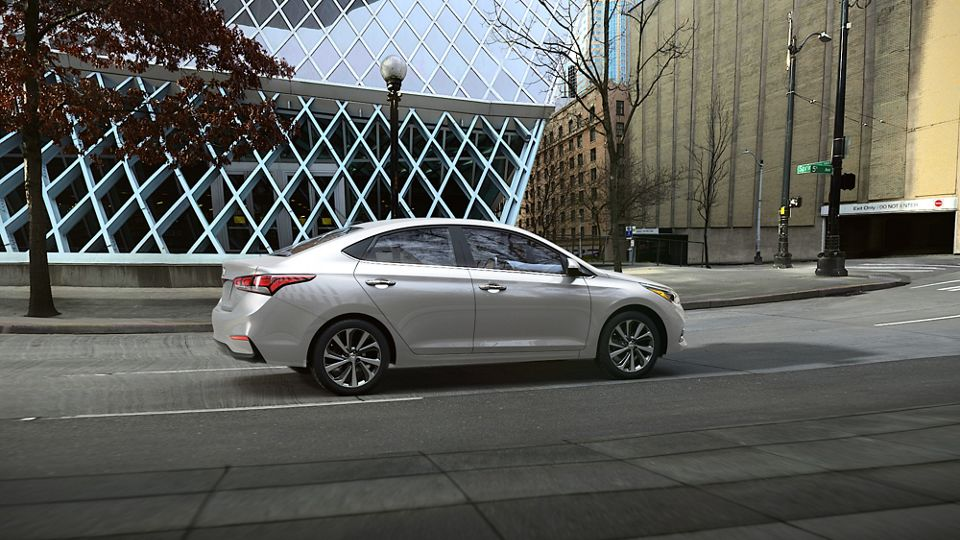 360 Exterior Image of the 2020 ACCENT in Olympus Silver