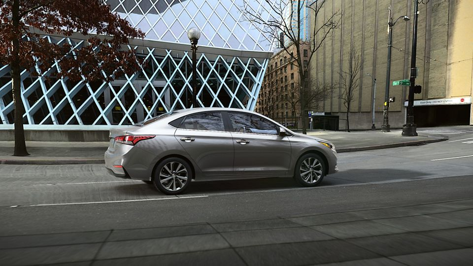 360 Exterior Image of the 2020 ACCENT in Urban Gray