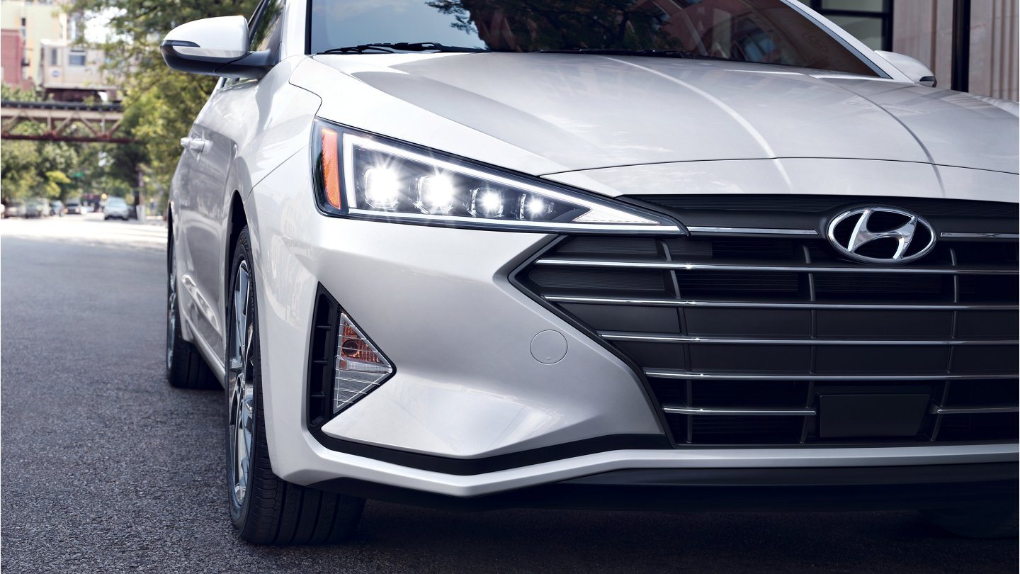 2020 Hyundai Elantra Limited LED Headlights