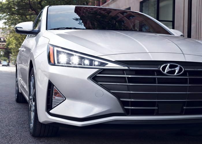 2020 Hyundai Elantra LED Headlights