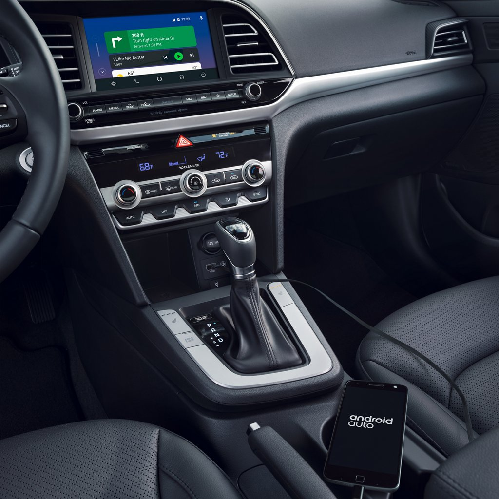 2020 Hyundai Elantra Limited Android Auto and Apple CarPlay