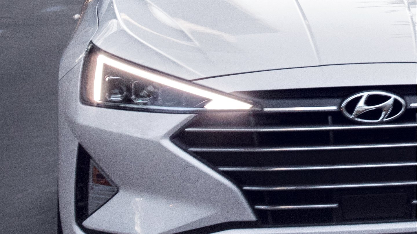 2020 Hyundai Elantra Limited Daytime Running Lights