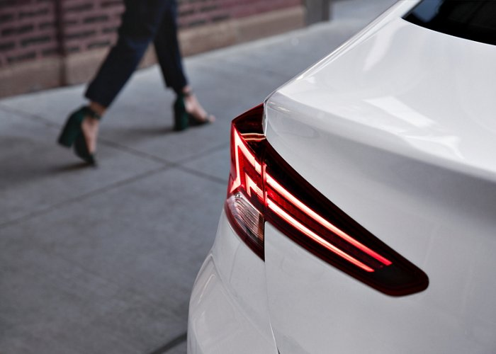 2020 Elantra Limited Tail Lights