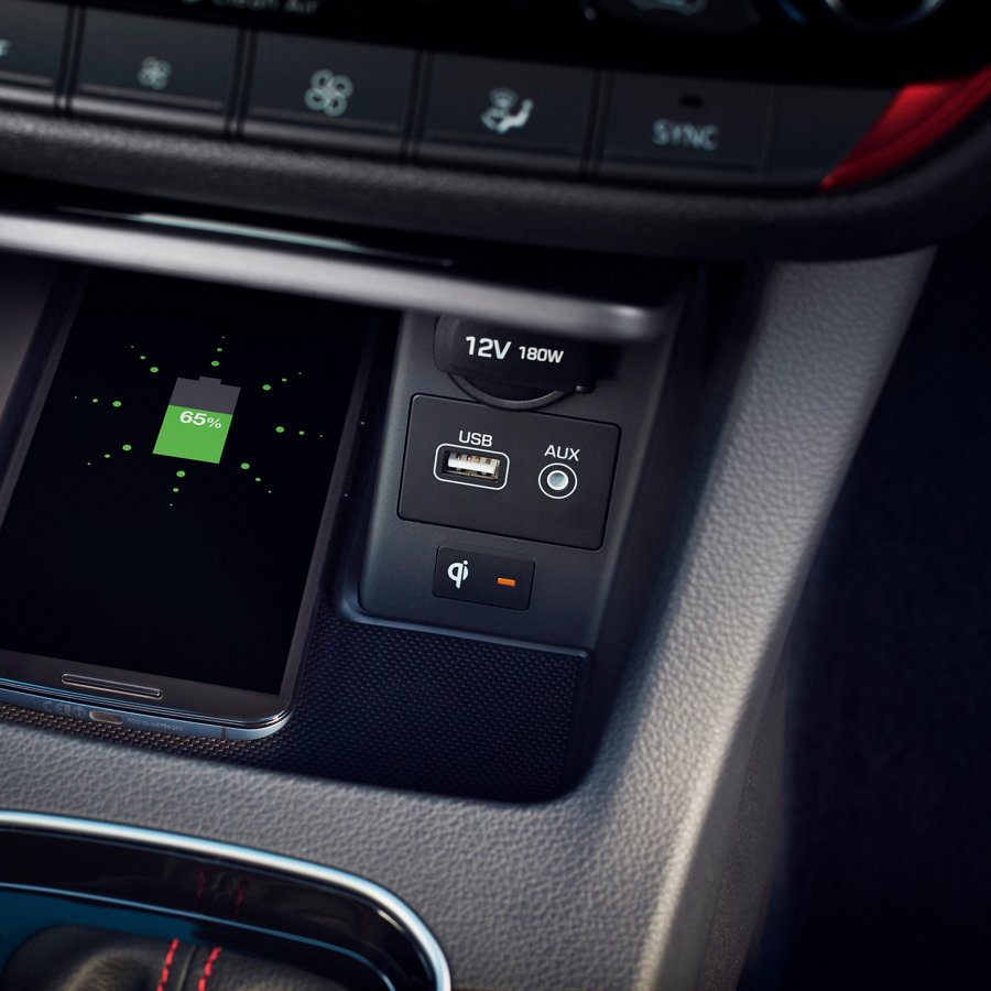2020 Hyundai Elantra GT Wireless Device Charging