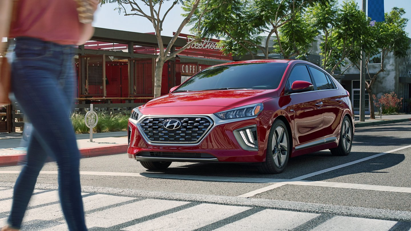 2020 Hyundai Ioniq Hybrid Blue Forward Collision Avoidance Assist