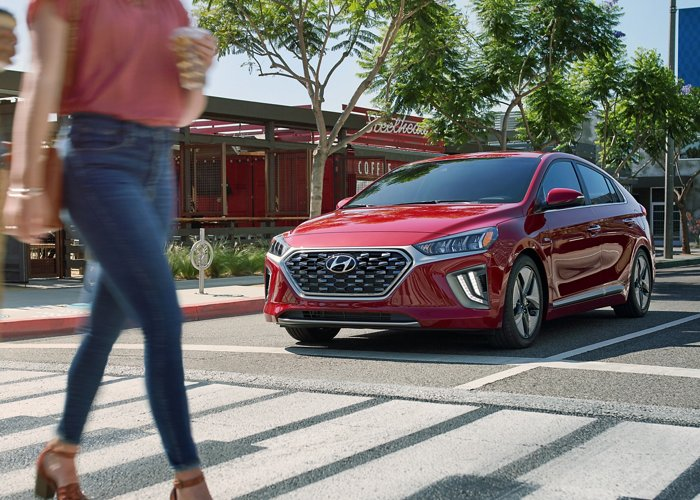 2020 Hyundai Ioniq Hybrid Limited Forward Collision Avoidance Assist