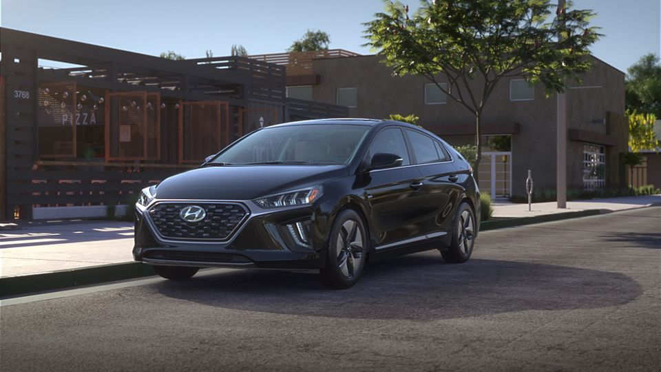 360 Exterior Image of the 2020 IONIQ Hybrid in Black Noir Pearl