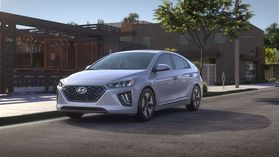 360 Exterior Image of the 2020 IONIQ Hybrid in Stellar Silver