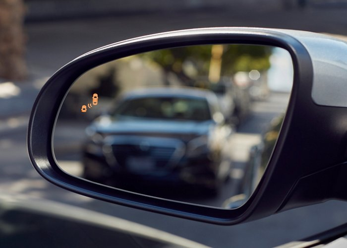 2020 Kona SEL blind spot collision warning