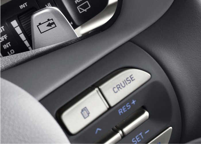 2020 NEXO Fuel Cell Limited Smart Cruise Control