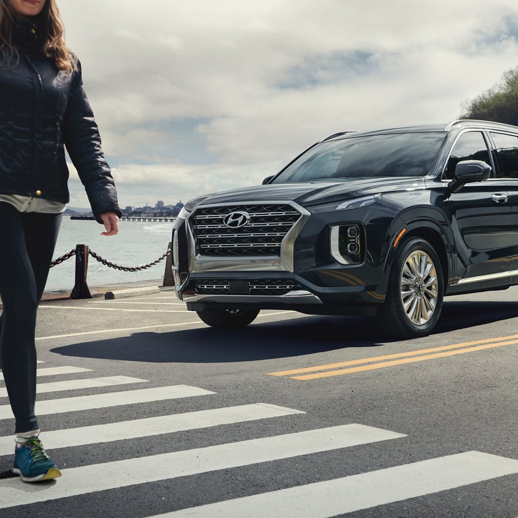 2020 Hyundai Palisade SEL Forward Collision Avoidance Assist