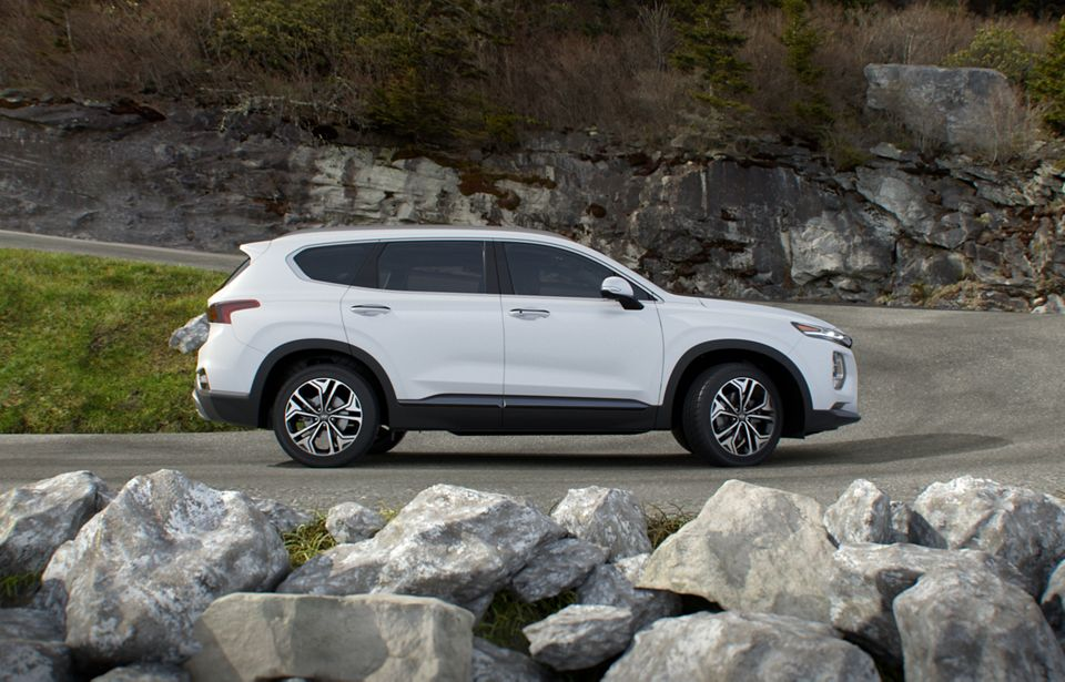 360 Exterior Image of the 2020 SANTA FE in Quartz White