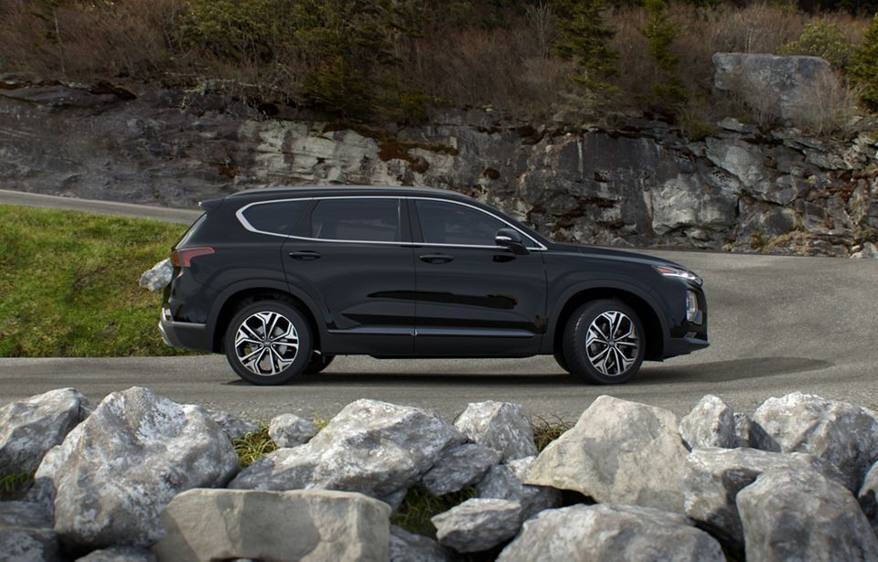 360 Exterior Image of the 2020 SANTA FE in Twilight Black