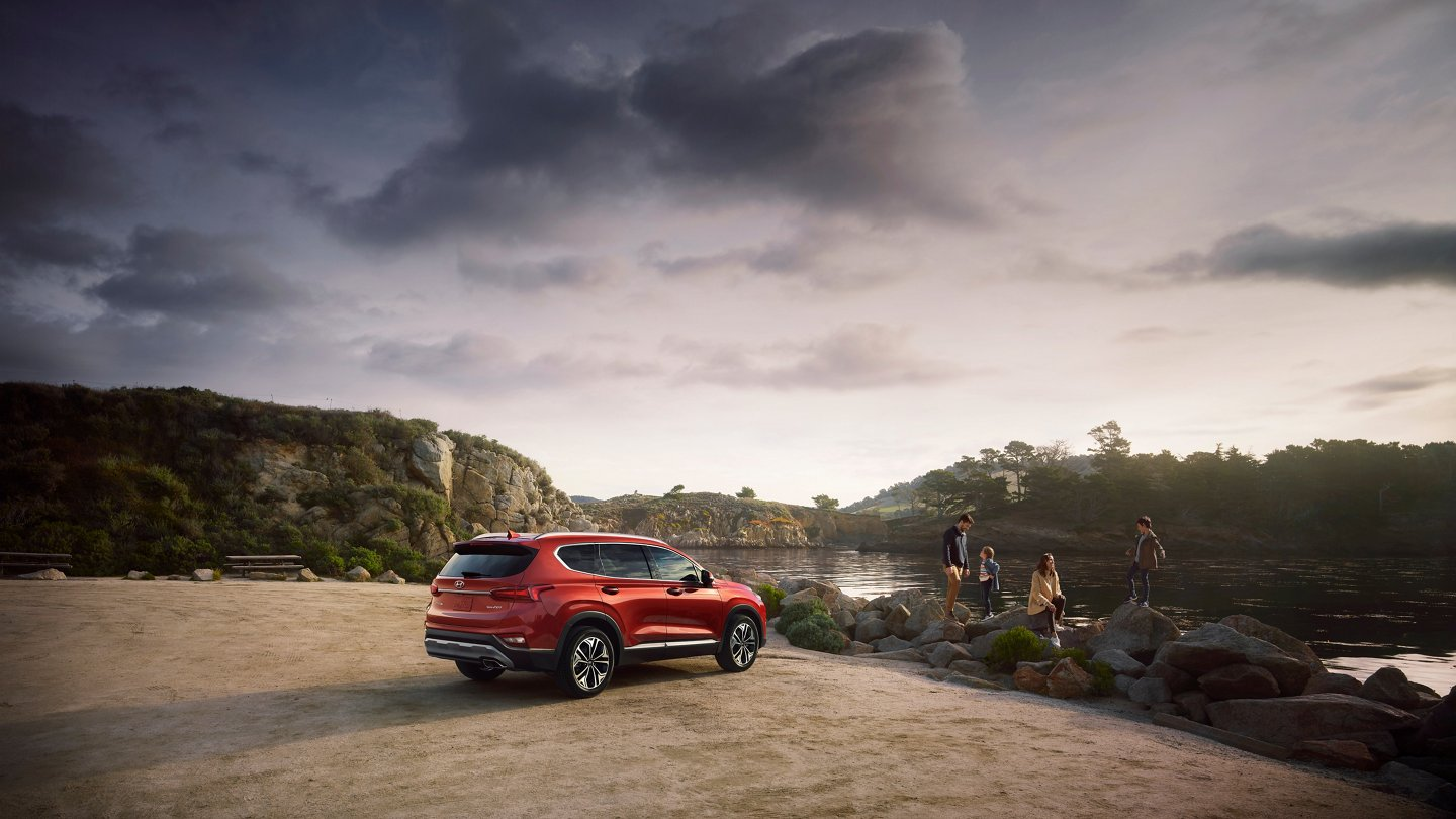 2020 hyundai santa fe parked at river