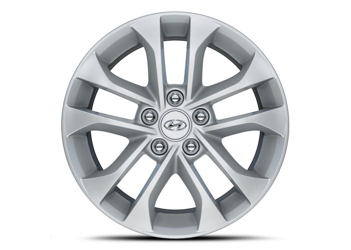 2020 Hyundai Santa Fe SEL Alloy Wheels