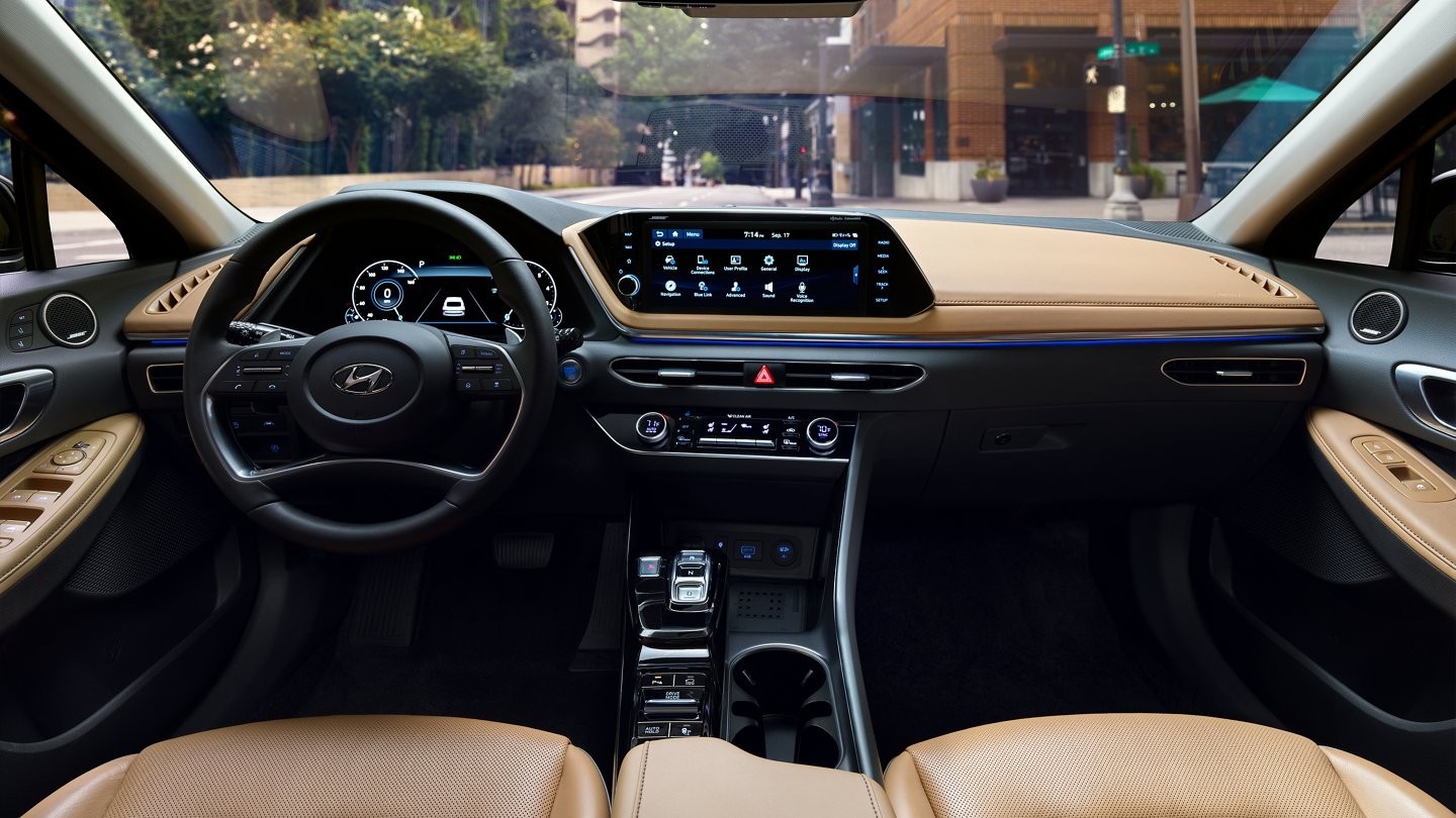 2020 Hyundai Sonata Limited Leatherette wrapped dashboard