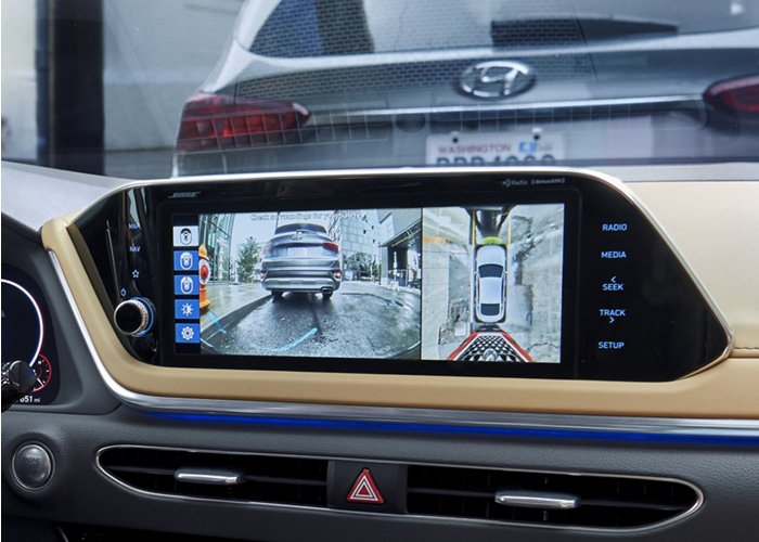 2020 Hyundai Sonata SEL Plus rear view camera with dynamic guidelines