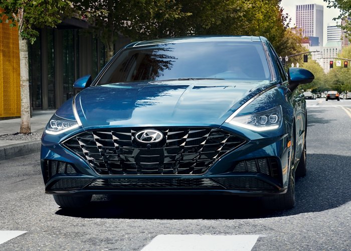 2020 Hyundai Sonata SEL Plus LED Daytime running lights