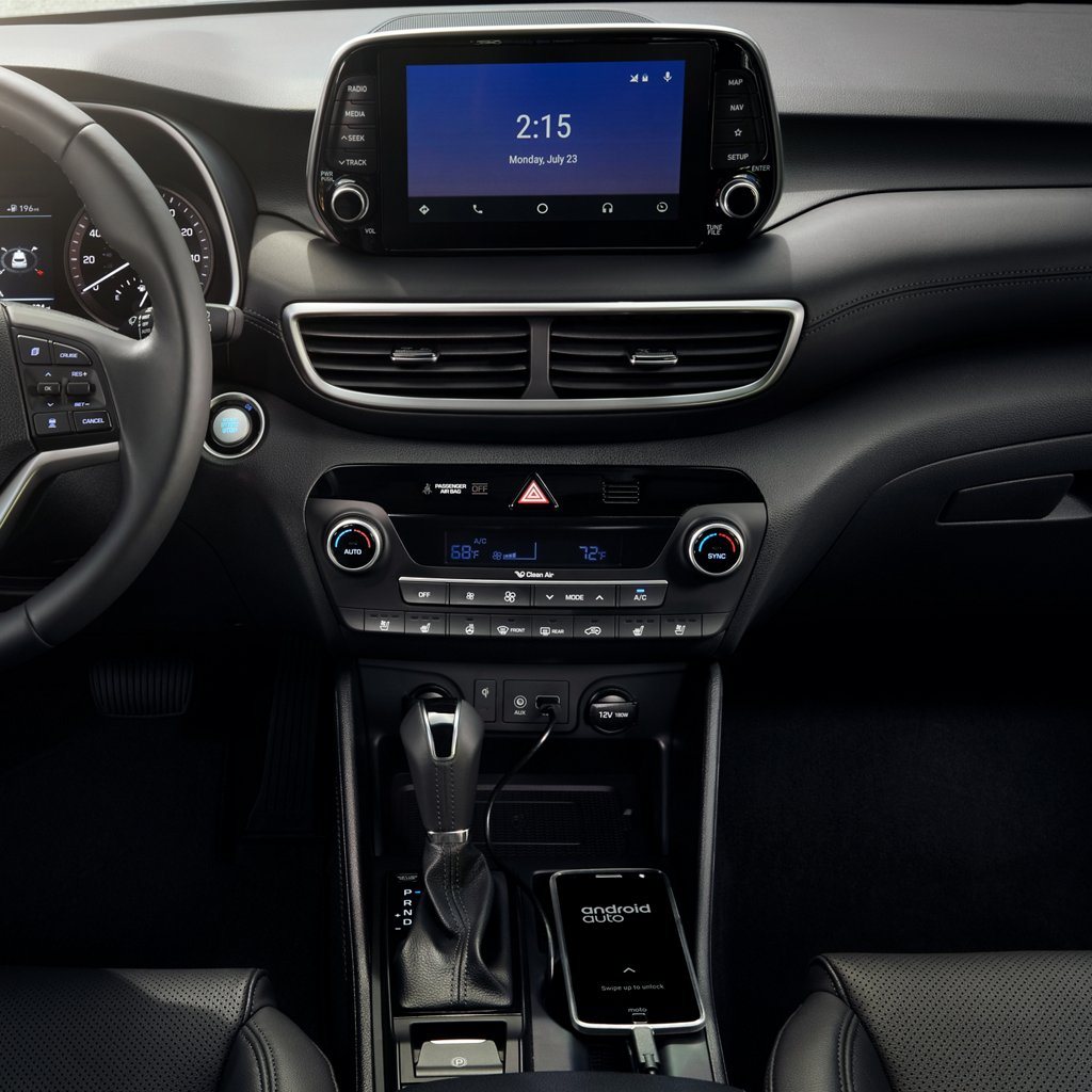 2020 Hyundai Tucson SE Android Auto and Apple CarPlay