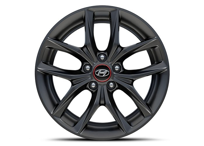 2020 Hyundai Veloster Turbo R-Spec alloy wheels