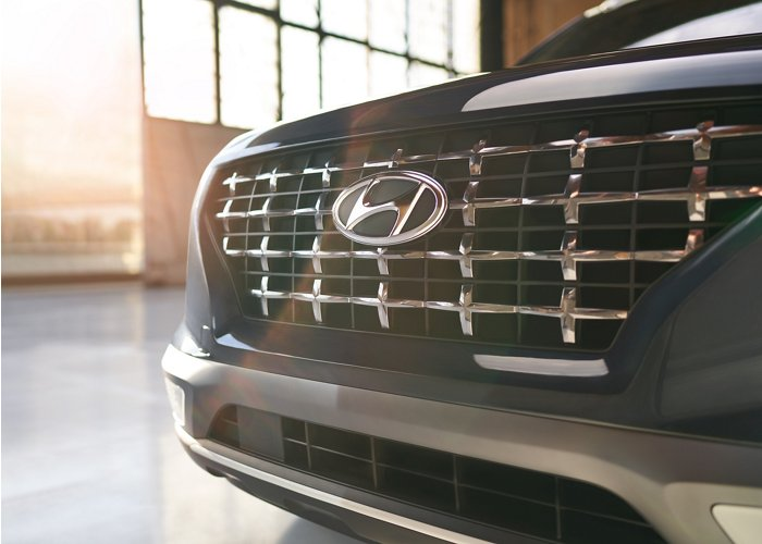 2020 Hyundai Venue Denim Chrome Accent Front Grille