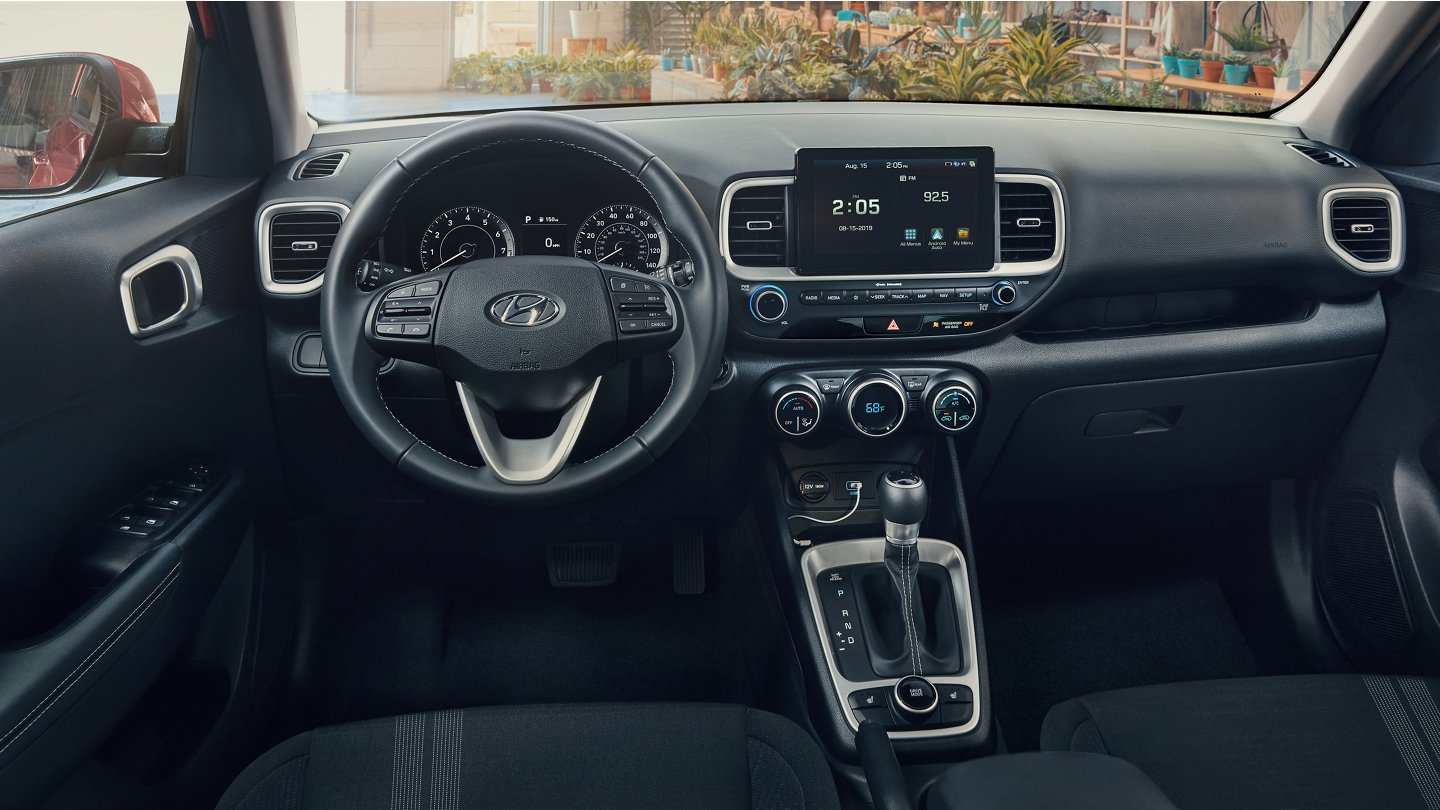 2020 Hyundai Venue 8-Inch Touchscreen with Navigation