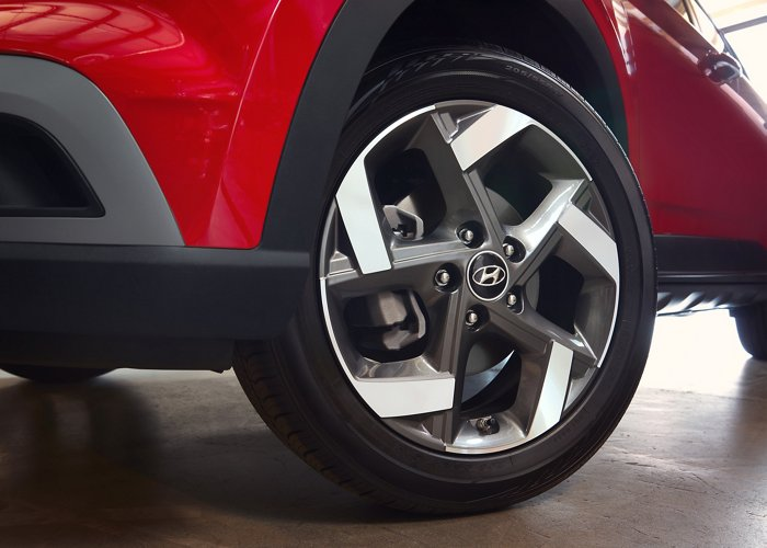 2020 Hyundai Venue Alloy Wheels