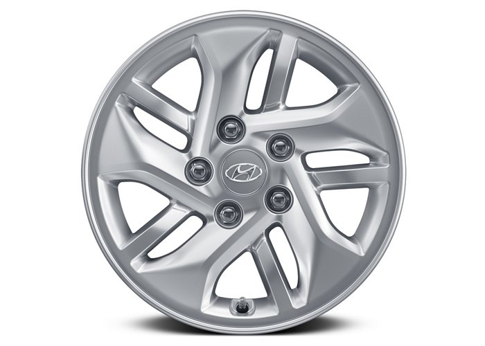 2020 Hyundai Venue SEL 15-inch alloy wheels