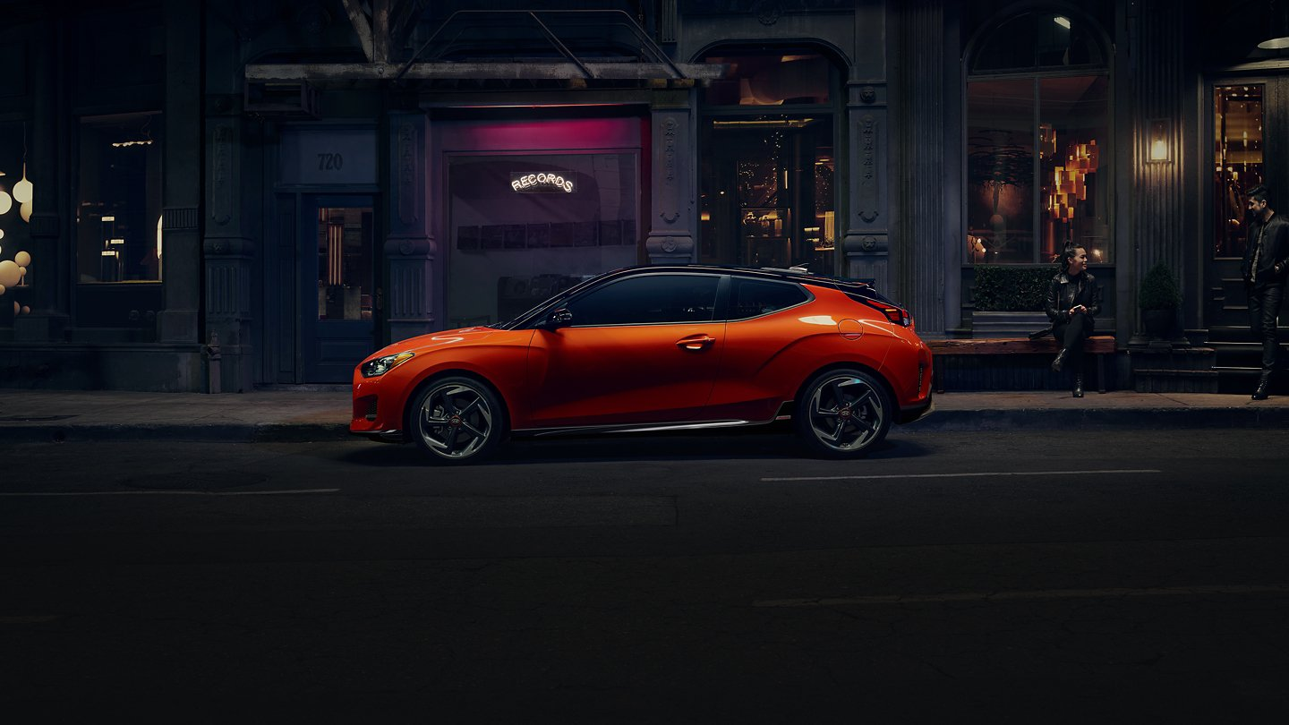 2021 Veloster at night