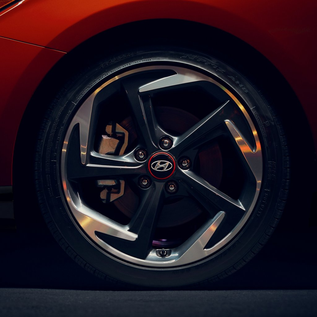 2021 Veloster alloy wheels