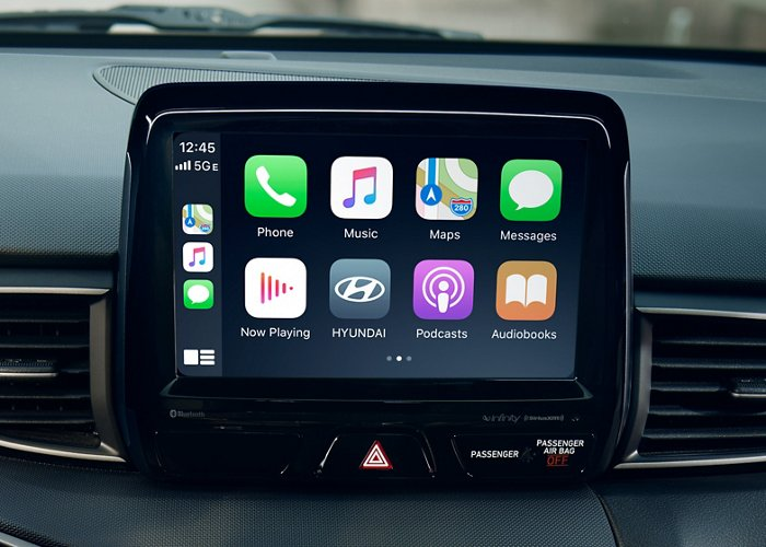2021 Hyundai Veloster Turbo R-Spec Apple CarPlay